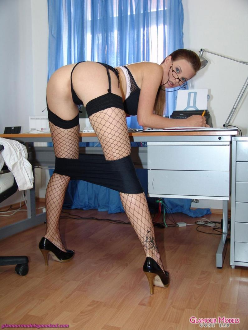 Вофосе с сексуальной секретаршей фото 66-65
