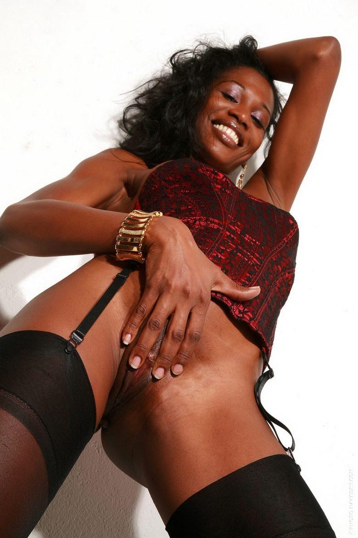 Проститутка негритянка в томске 27 фотография