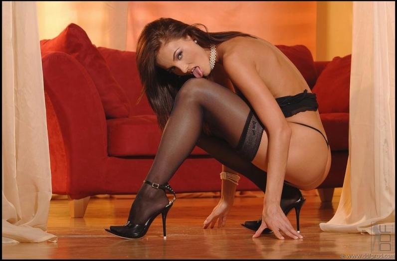 стройные ножки в чулках порно