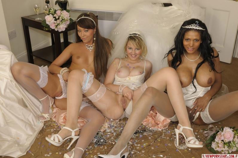 основном постановочное, курьезы с сиськами у невест видео устали