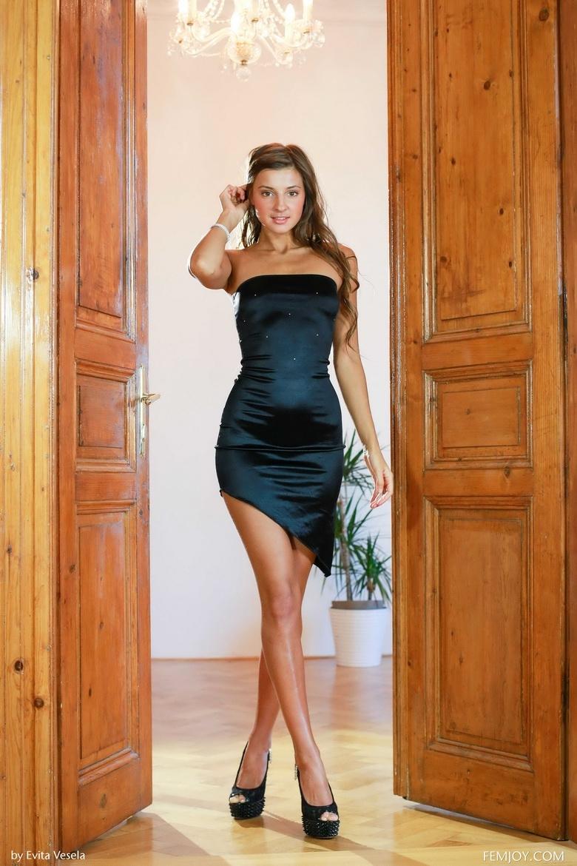 Секс с красивой девушкой с длинными ногами тонкой талией 5 фотография