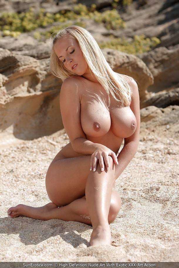 Фото голых пышных девушек на пляже