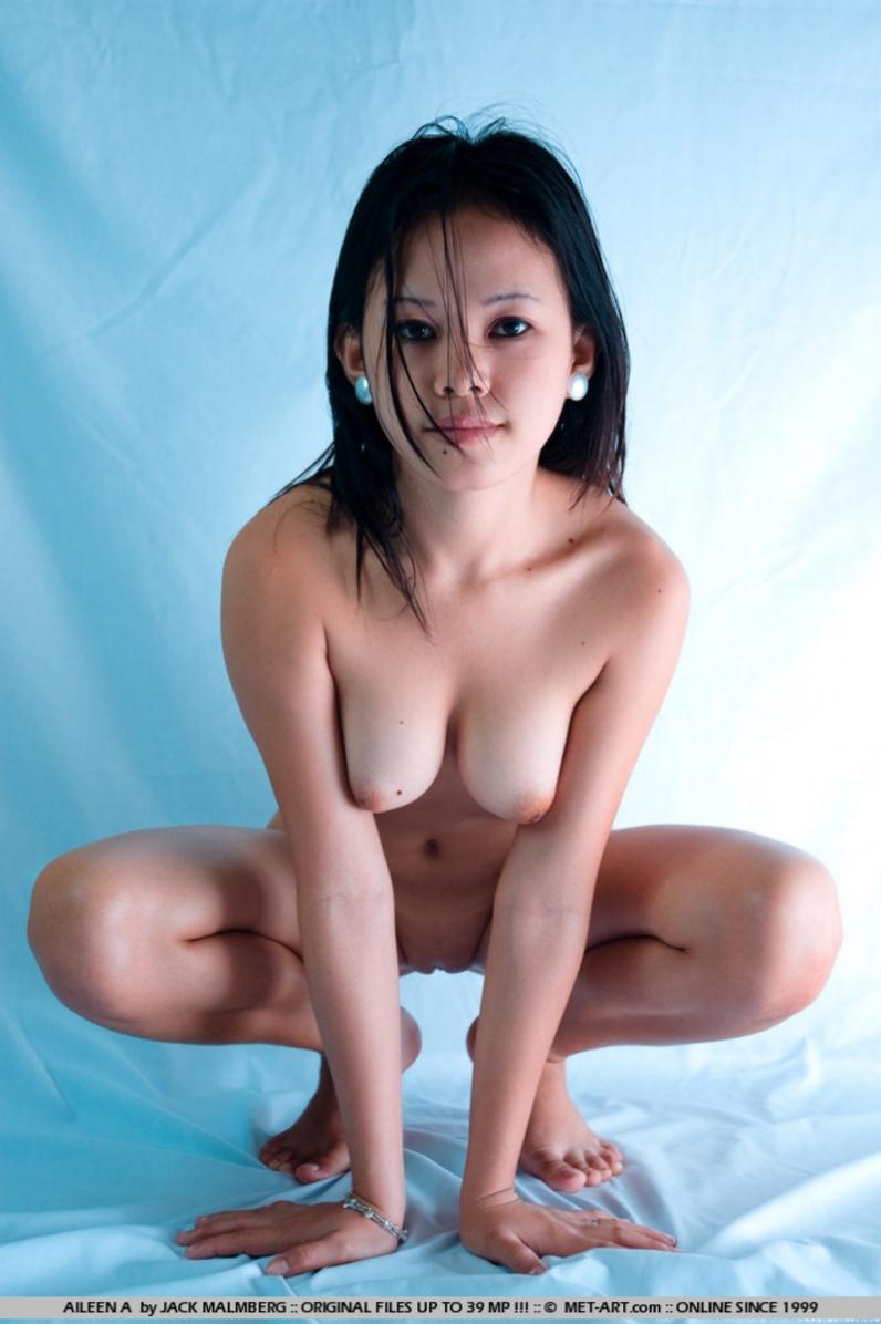 smotret-besplatno-golie-kitayanki