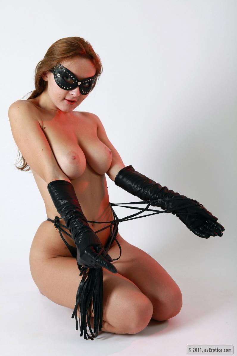 фотки униформе эротичные мараканки в кожаной