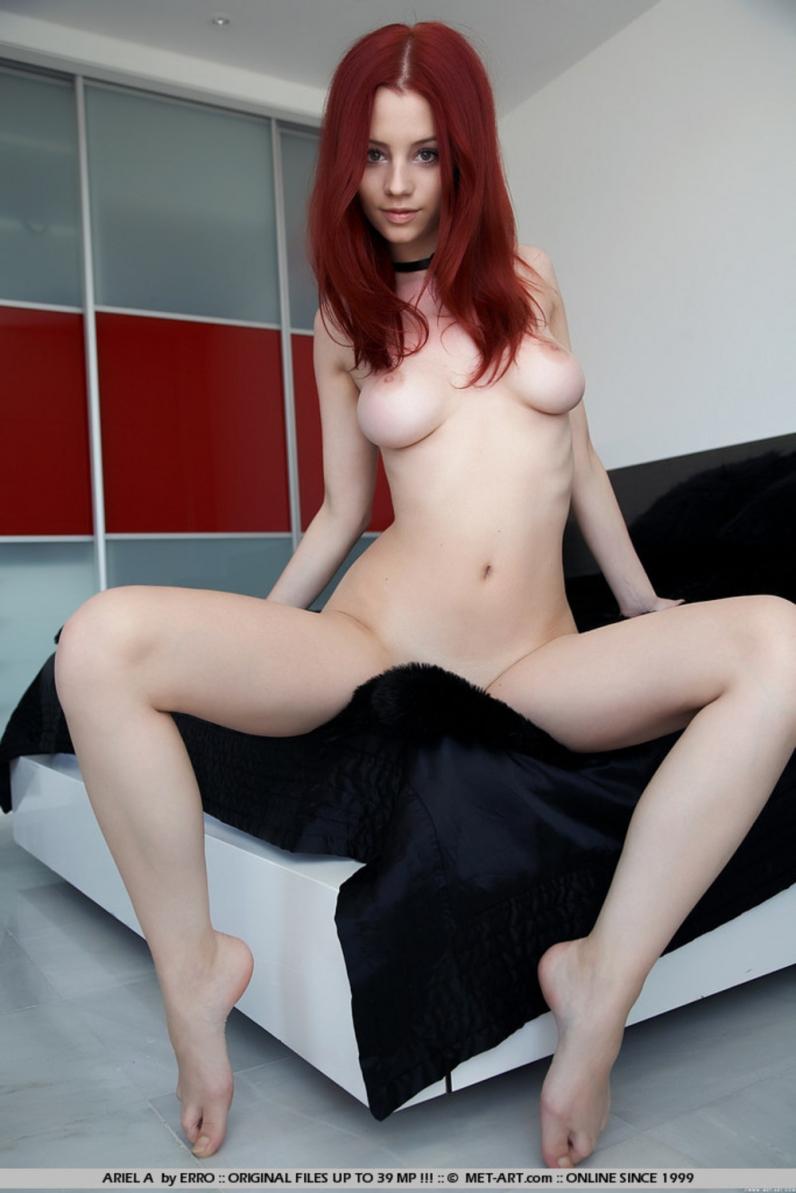 Рыжая порно готесса 18 фотография